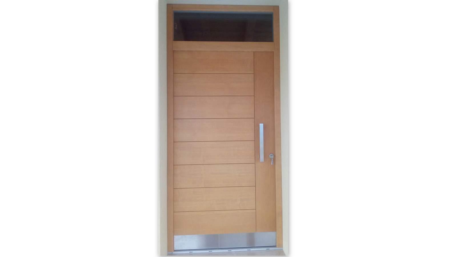 Portoni d'ingresso in legno di qualità